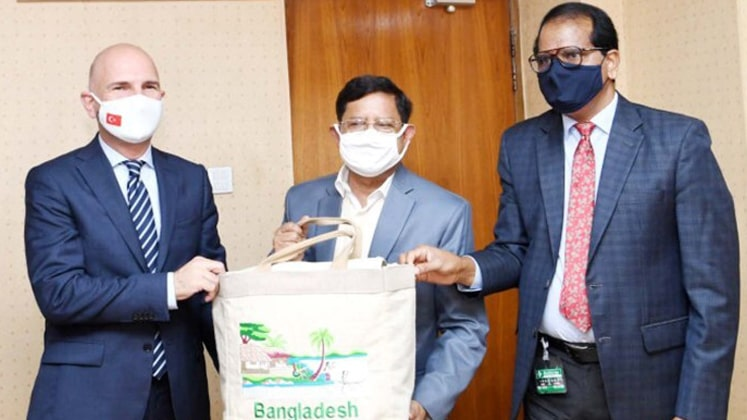 B'desh in textiles sector